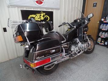 1984 Honda Gold Wing 1200 - Photo 18 - Kingman, KS 67068