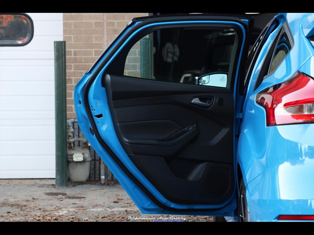 2016 Ford Focus RS - Photo 8 - Gaithersburg, MD 20879