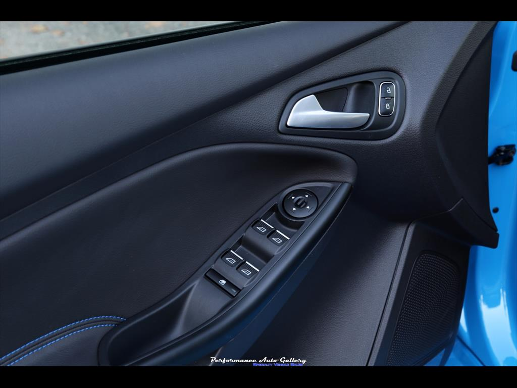 2016 Ford Focus RS - Photo 33 - Gaithersburg, MD 20879