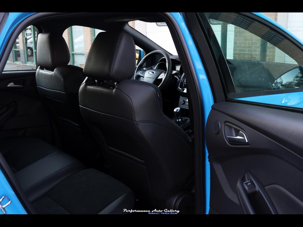 2016 Ford Focus RS - Photo 36 - Gaithersburg, MD 20879