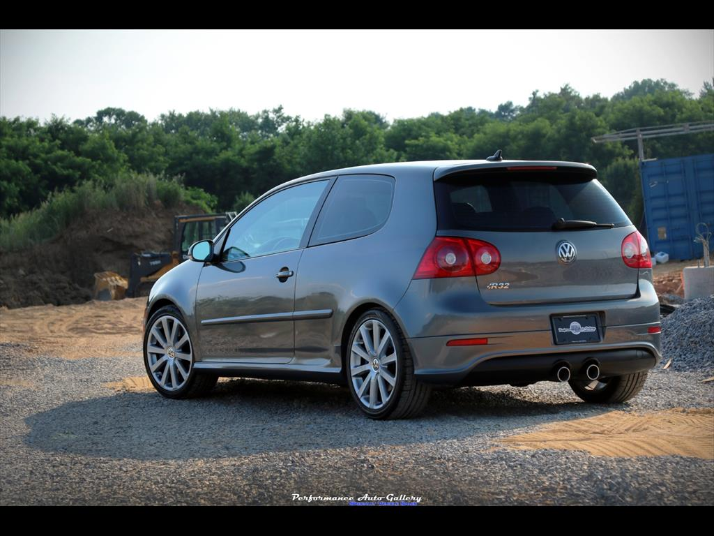 2008 Volkswagen R32 - Photo 2 - Gaithersburg, MD 20879