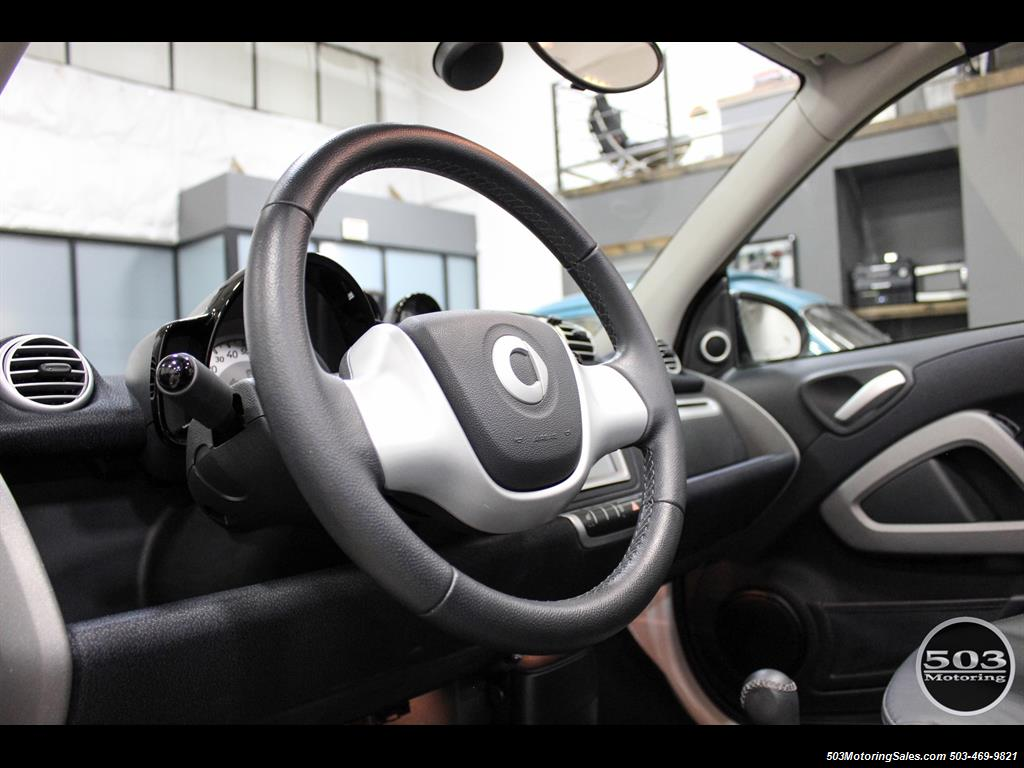 2014 Smart fortwo passion electric cabriolet; White/Black w/ 11k! - Photo 28 - Beaverton, OR 97005