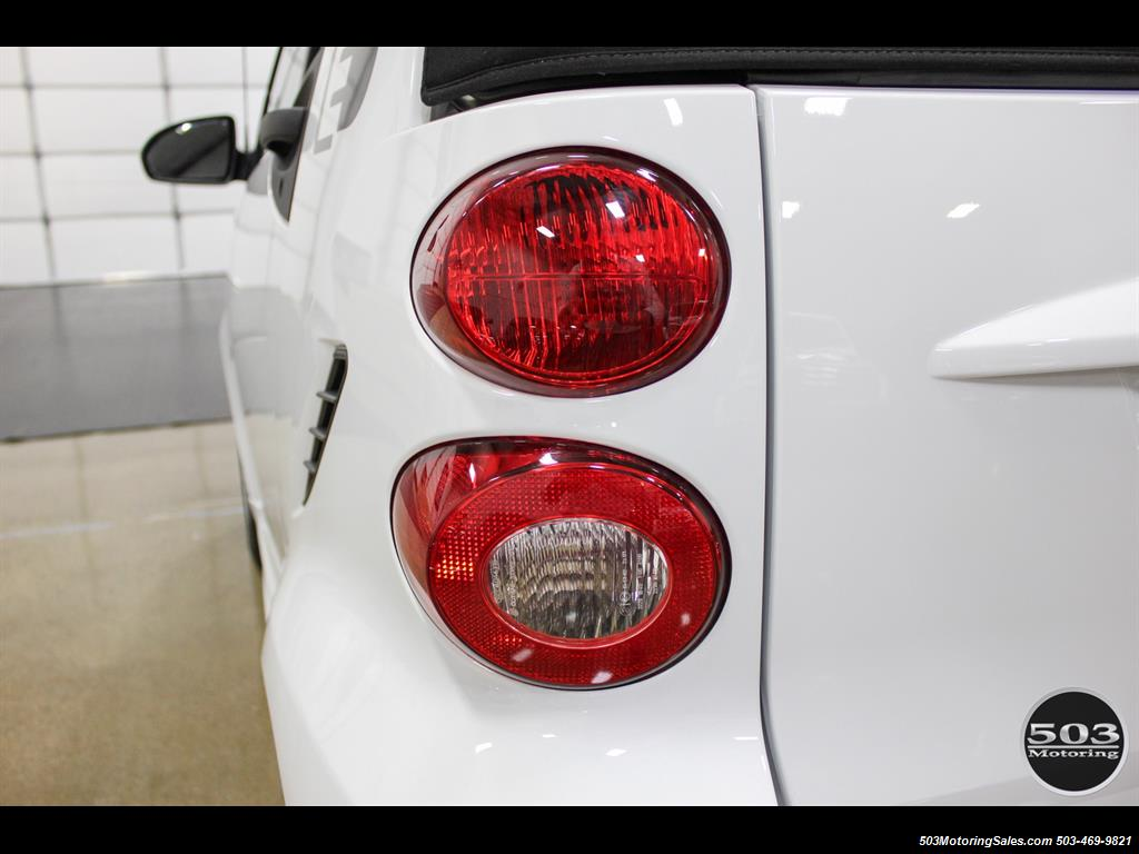 2014 Smart fortwo passion electric cabriolet; White/Black w/ 11k! - Photo 18 - Beaverton, OR 97005