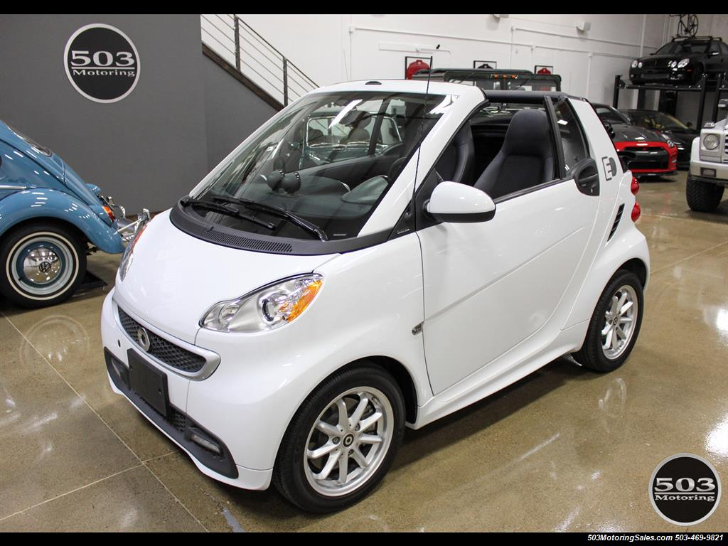 2014 Smart fortwo passion electric cabriolet; White/Black w/ 11k! - Photo 9 - Beaverton, OR 97005