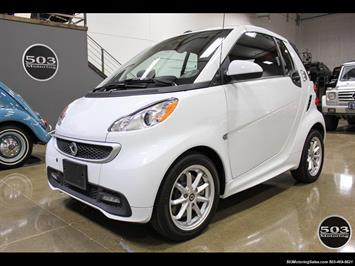 2014 Smart fortwo passion electric cabriolet; White/Black w/ 11k! Convertible