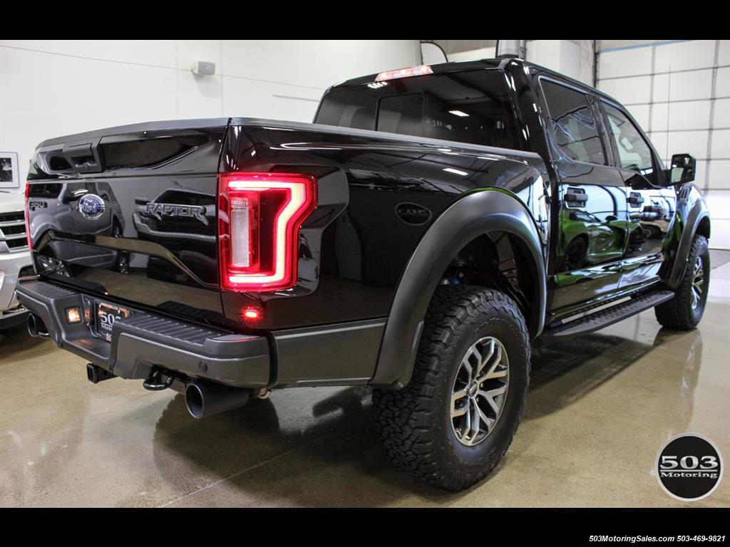 2017 Ford F-150 Raptor; Shadow Black/Black 801A w/ Only 850 Miles! - Photo 5 - Beaverton, OR 97005
