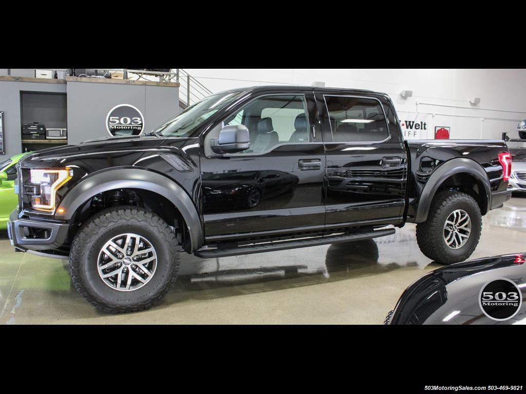 2017 Ford F-150 Raptor; Shadow Black/Black 801A w/ Only 850 Miles! - Photo 2 - Beaverton, OR 97005