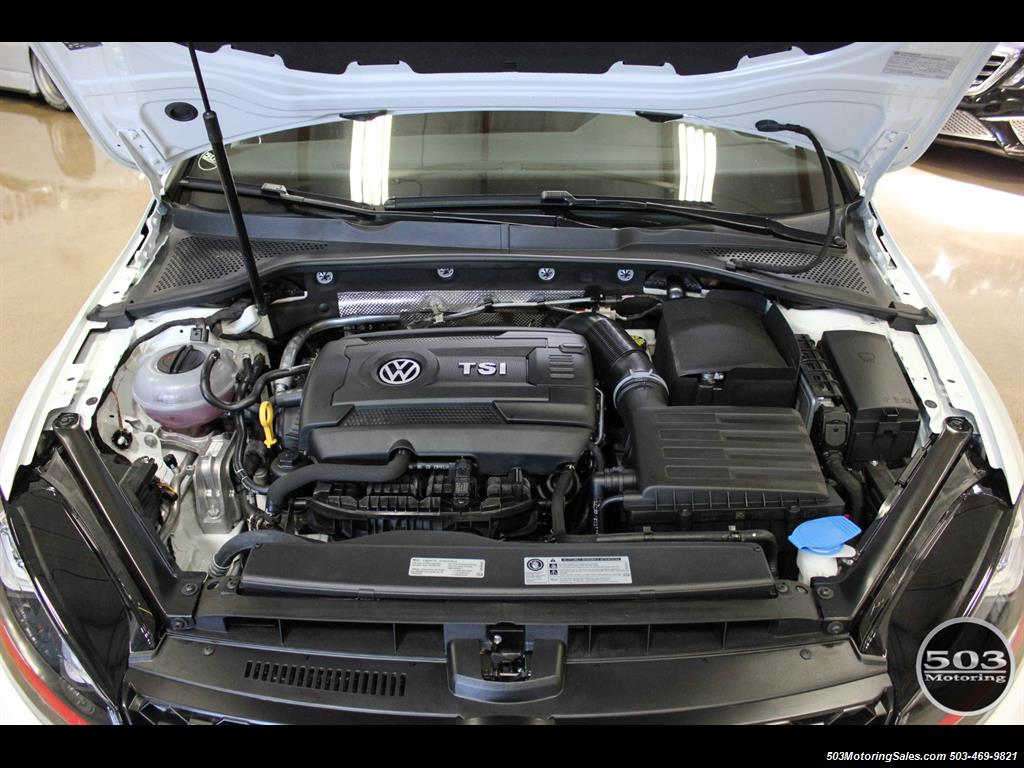 2017 Volkswagen Golf GTI SE; White/Black w/ Only 2k Miles! - Photo 49 - Beaverton, OR 97005