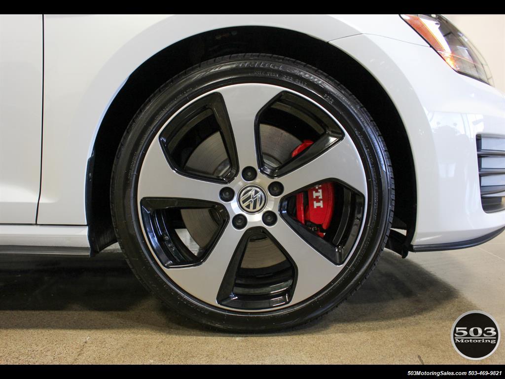 2017 Volkswagen Golf GTI SE; White/Black w/ Only 2k Miles! - Photo 24 - Beaverton, OR 97005