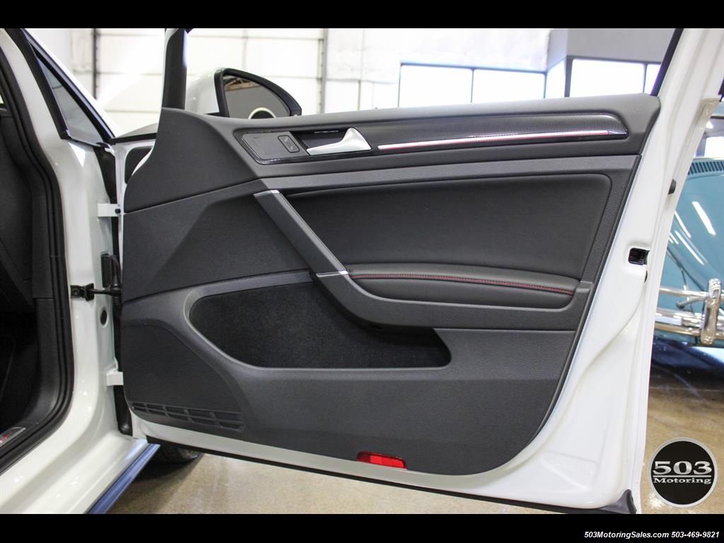 2017 Volkswagen Golf GTI SE; White/Black w/ Only 2k Miles! - Photo 40 - Beaverton, OR 97005