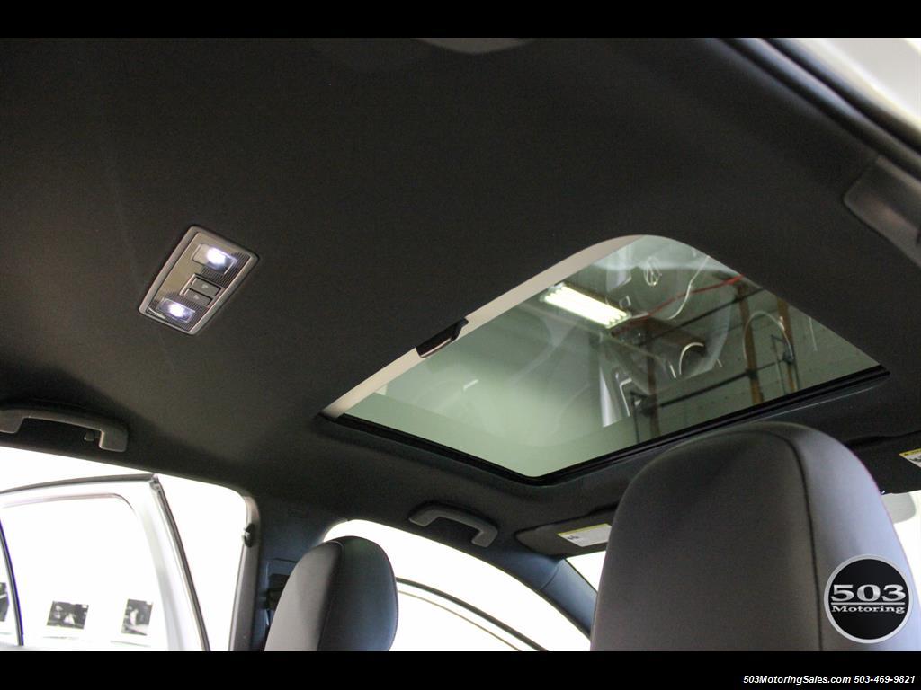 2017 Volkswagen Golf GTI SE; White/Black w/ Only 2k Miles! - Photo 46 - Beaverton, OR 97005