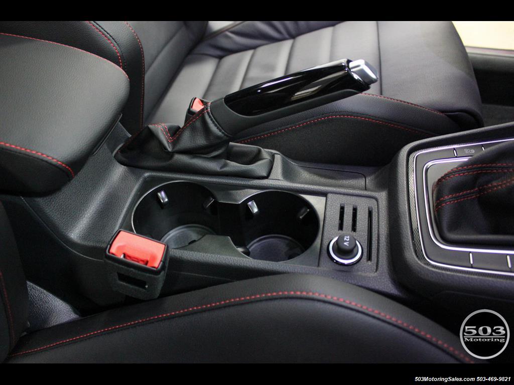 2017 Volkswagen Golf GTI SE; White/Black w/ Only 2k Miles! - Photo 33 - Beaverton, OR 97005