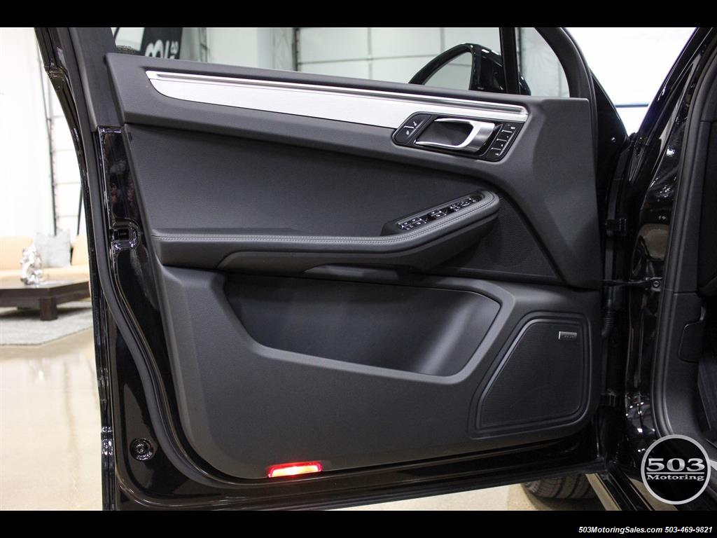 2017 Porsche Macan GTS; Black/Black w/ 2.5k Miles! - Photo 24 - Beaverton, OR 97005