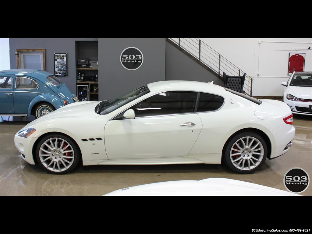 2010 Maserati GranTurismo S Automatic; One Owner w/ Only 8k Miles! - Photo 2 - Beaverton, OR 97005