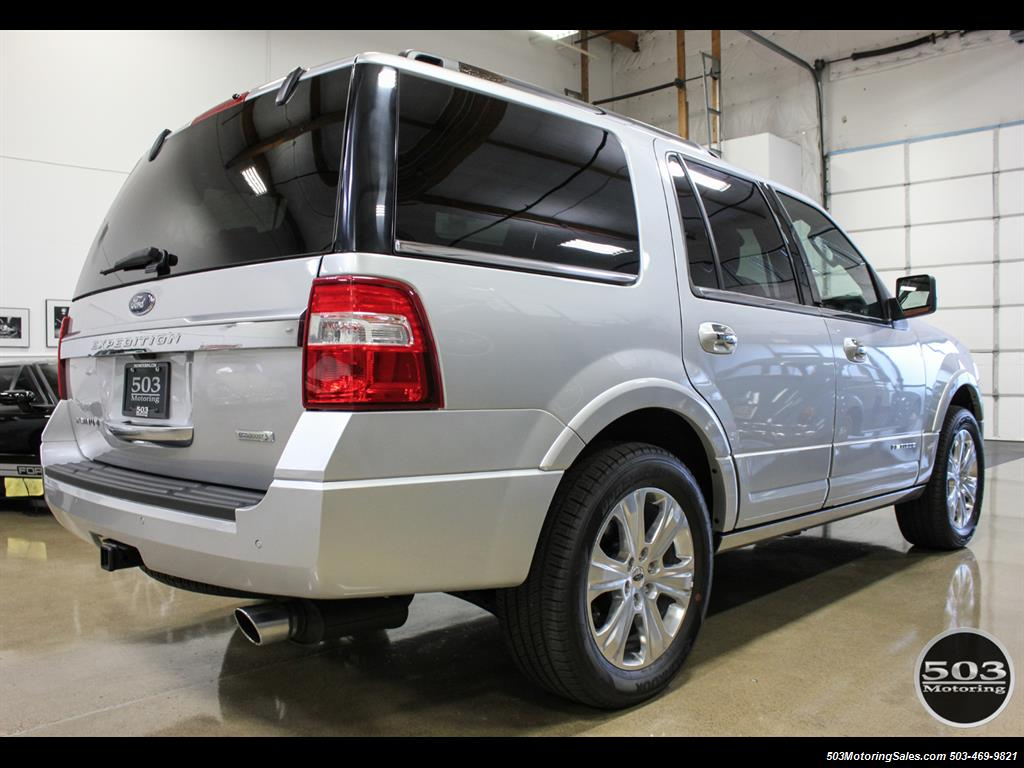 2017 Ford Expedition Platinum 4x4; Silver/Black w/ Only 7k Miles! - Photo 5 - Beaverton, OR 97005