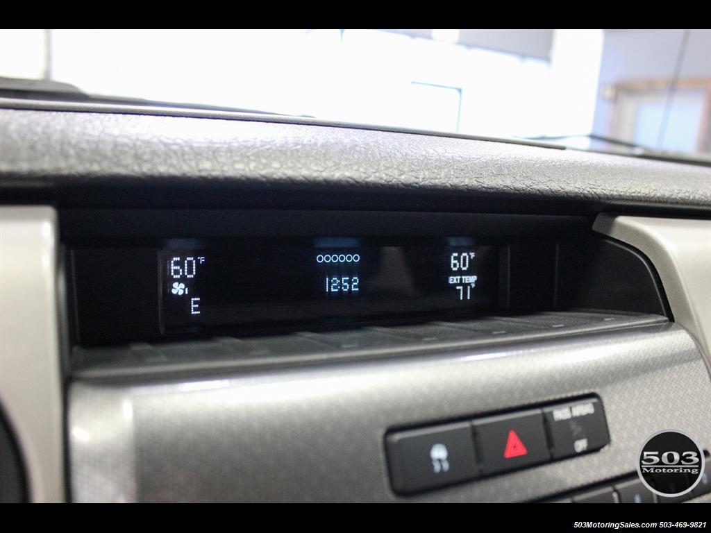 2010 Ford F-150 SVT Raptor; White/Black w/ Only 17k Miles! - Photo 30 - Beaverton, OR 97005