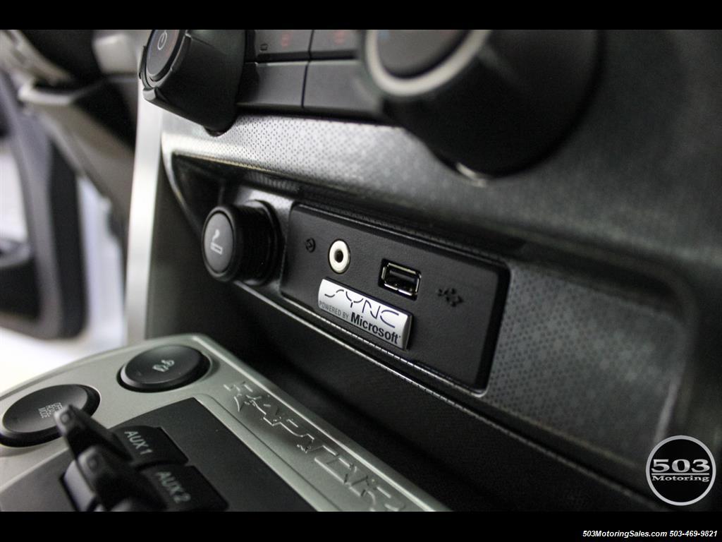2010 Ford F-150 SVT Raptor; White/Black w/ Only 17k Miles! - Photo 35 - Beaverton, OR 97005