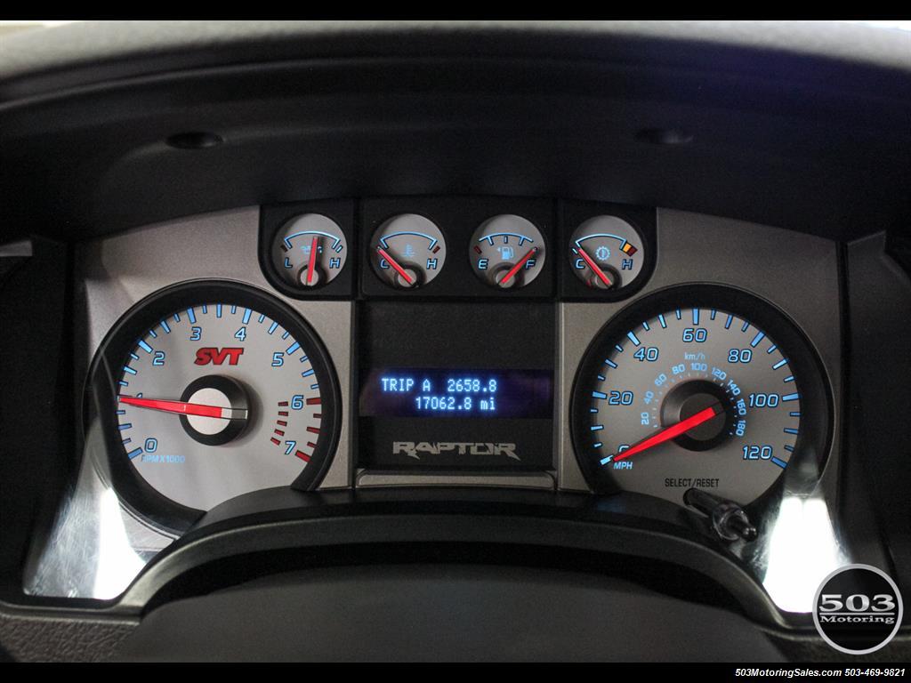 2010 Ford F-150 SVT Raptor; White/Black w/ Only 17k Miles! - Photo 27 - Beaverton, OR 97005