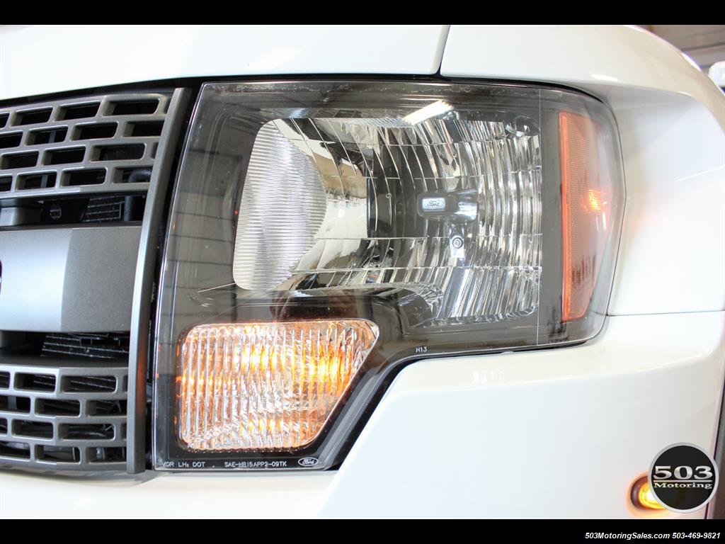 2010 Ford F-150 SVT Raptor; White/Black w/ Only 17k Miles! - Photo 10 - Beaverton, OR 97005
