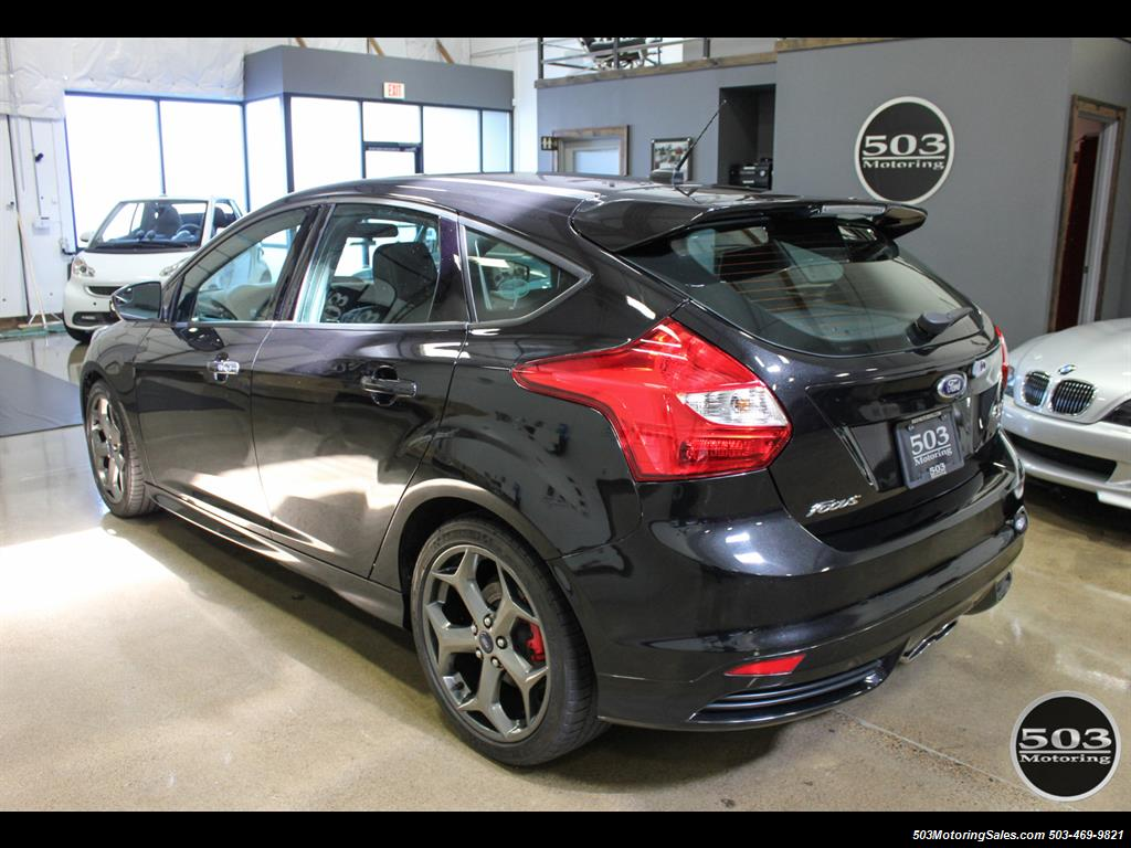 2014 Ford Focus ST; One Owner, Loaded Tuxedo Black/Black! - Photo 3 - Beaverton, OR 97005