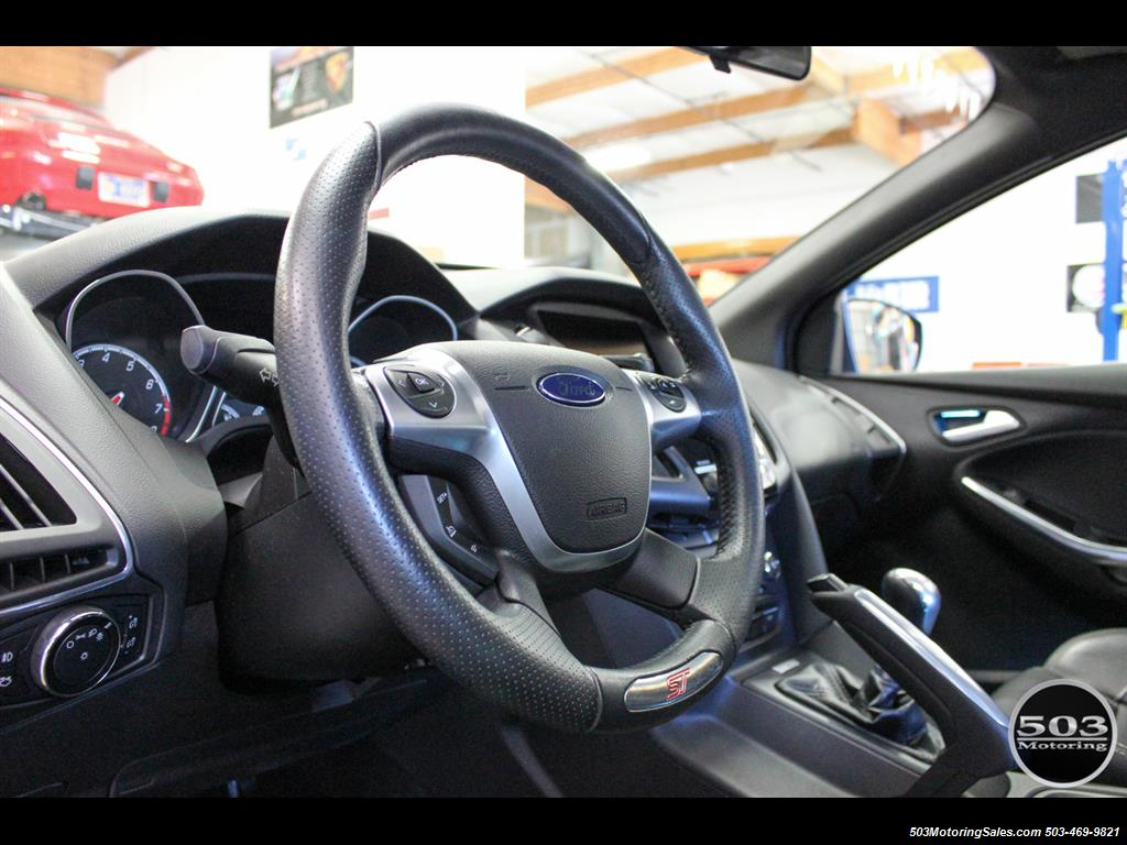 2014 Ford Focus ST; One Owner, Loaded Tuxedo Black/Black! - Photo 26 - Beaverton, OR 97005