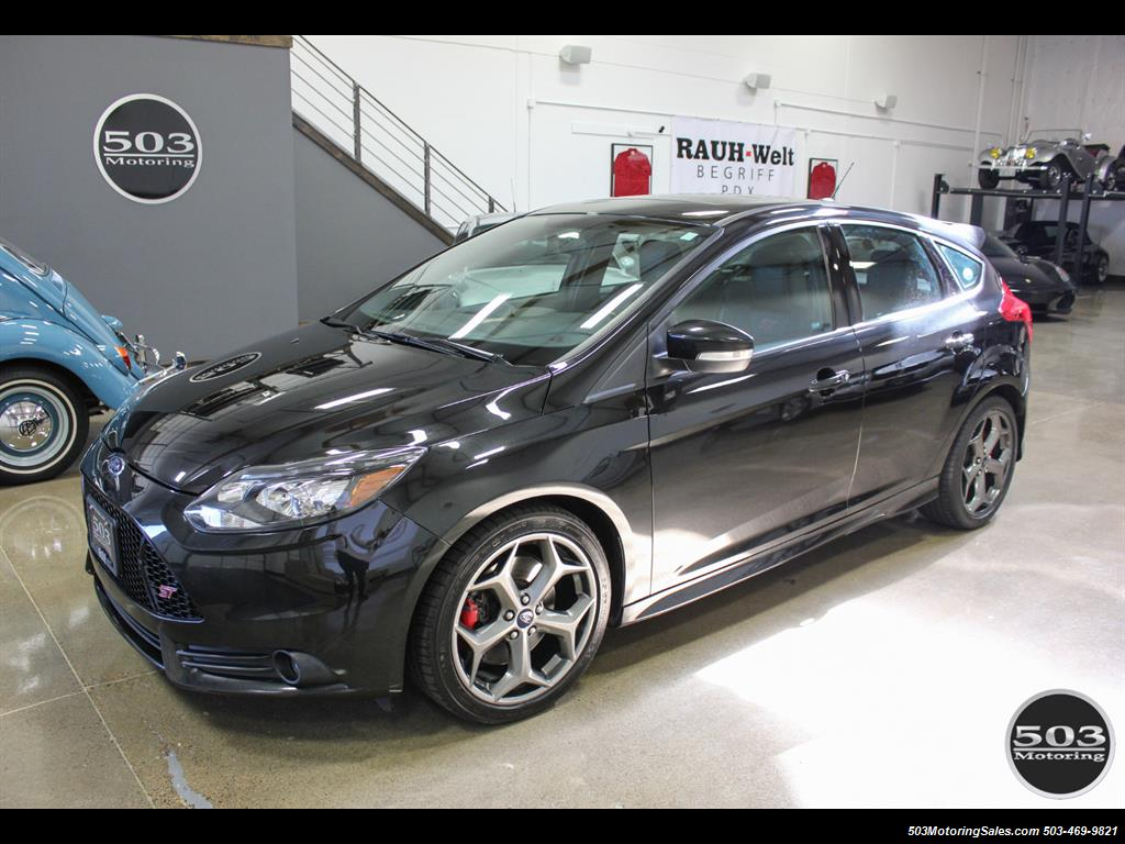 2014 Ford Focus ST; One Owner, Loaded Tuxedo Black/Black! - Photo 1 - Beaverton, OR 97005