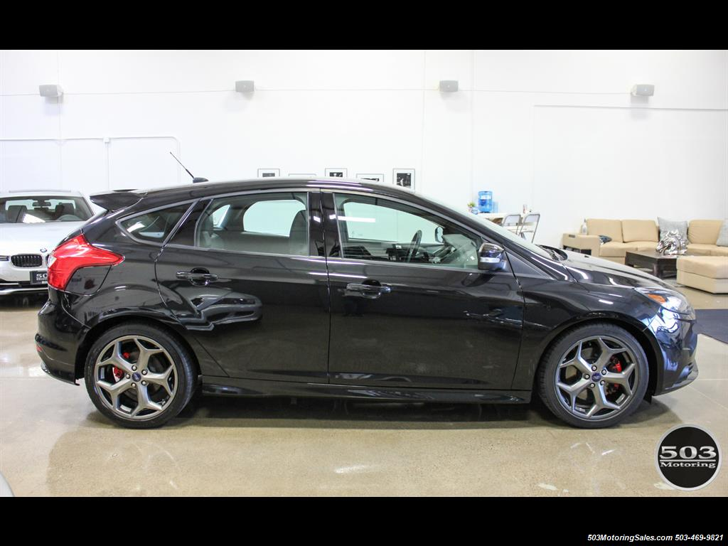 2014 Ford Focus ST; One Owner, Loaded Tuxedo Black/Black! - Photo 6 - Beaverton, OR 97005