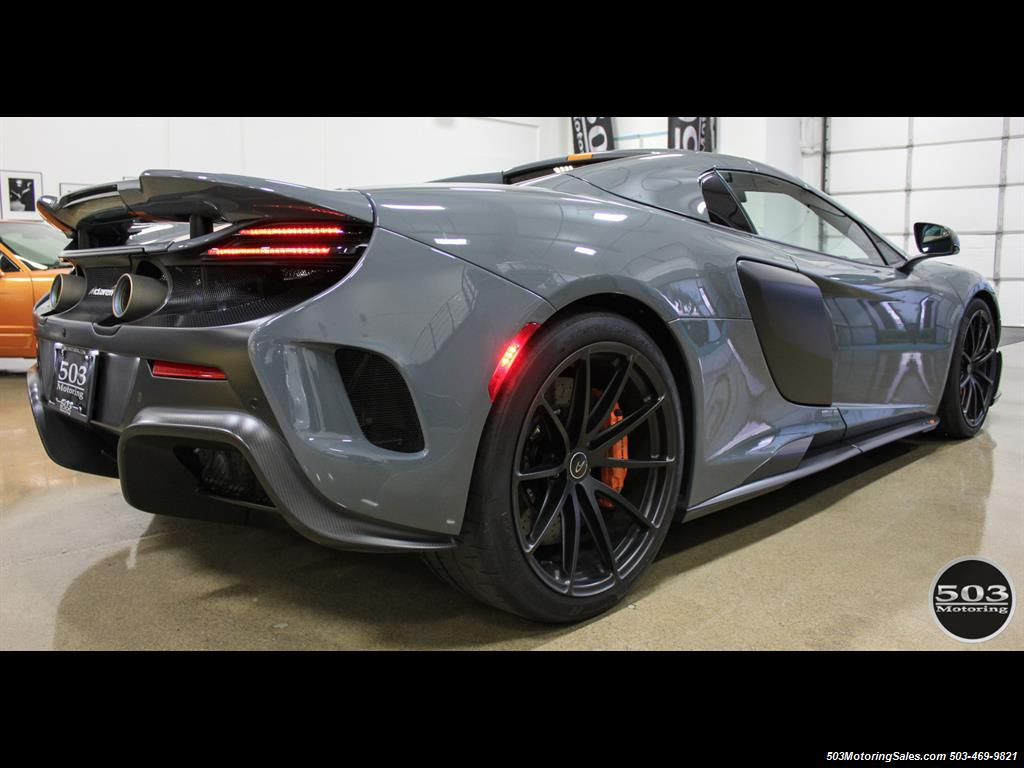 2016 McLaren 675LT Spider; Perfectly Specced Chicane Gray One Owner! - Photo 5 - Beaverton, OR 97005