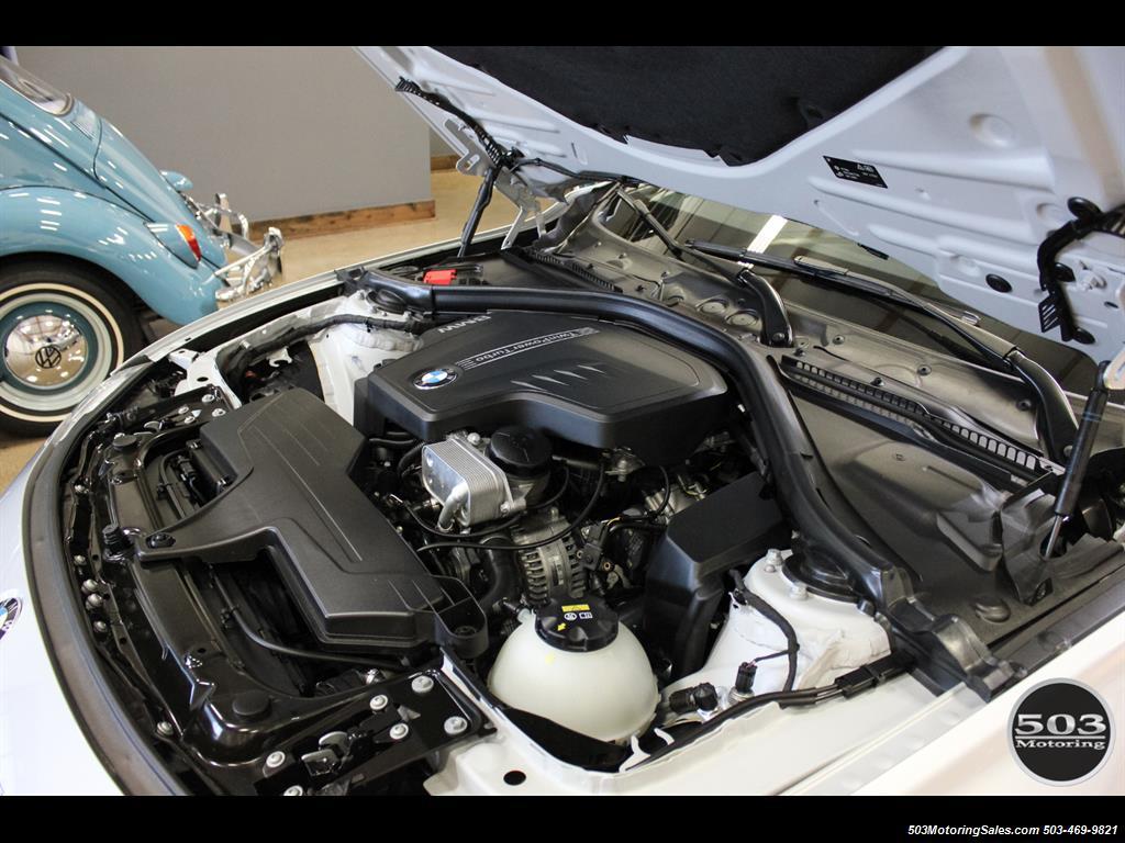 2016 BMW 328i xDrive; Silver/Black w/ Less than 250 Miles! - Photo 47 - Beaverton, OR 97005
