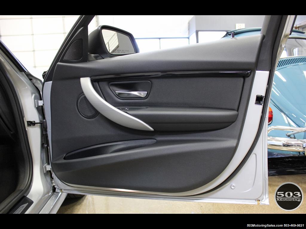2016 BMW 328i xDrive; Silver/Black w/ Less than 250 Miles! - Photo 37 - Beaverton, OR 97005