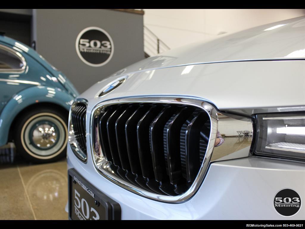 2016 BMW 328i xDrive; Silver/Black w/ Less than 250 Miles! - Photo 10 - Beaverton, OR 97005