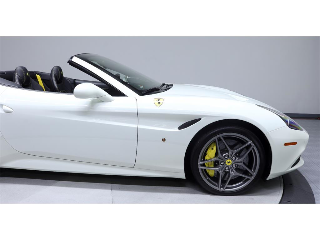 2015 Ferrari California T - Photo 17 - Nashville, TN 37217