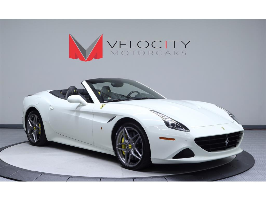 2015 Ferrari California T - Photo 2 - Nashville, TN 37217