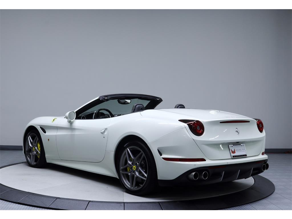 2015 Ferrari California T - Photo 42 - Nashville, TN 37217