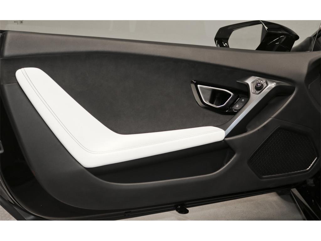 2015 Lamborghini Huracan LP 610-4 - Photo 54 - Nashville, TN 37217