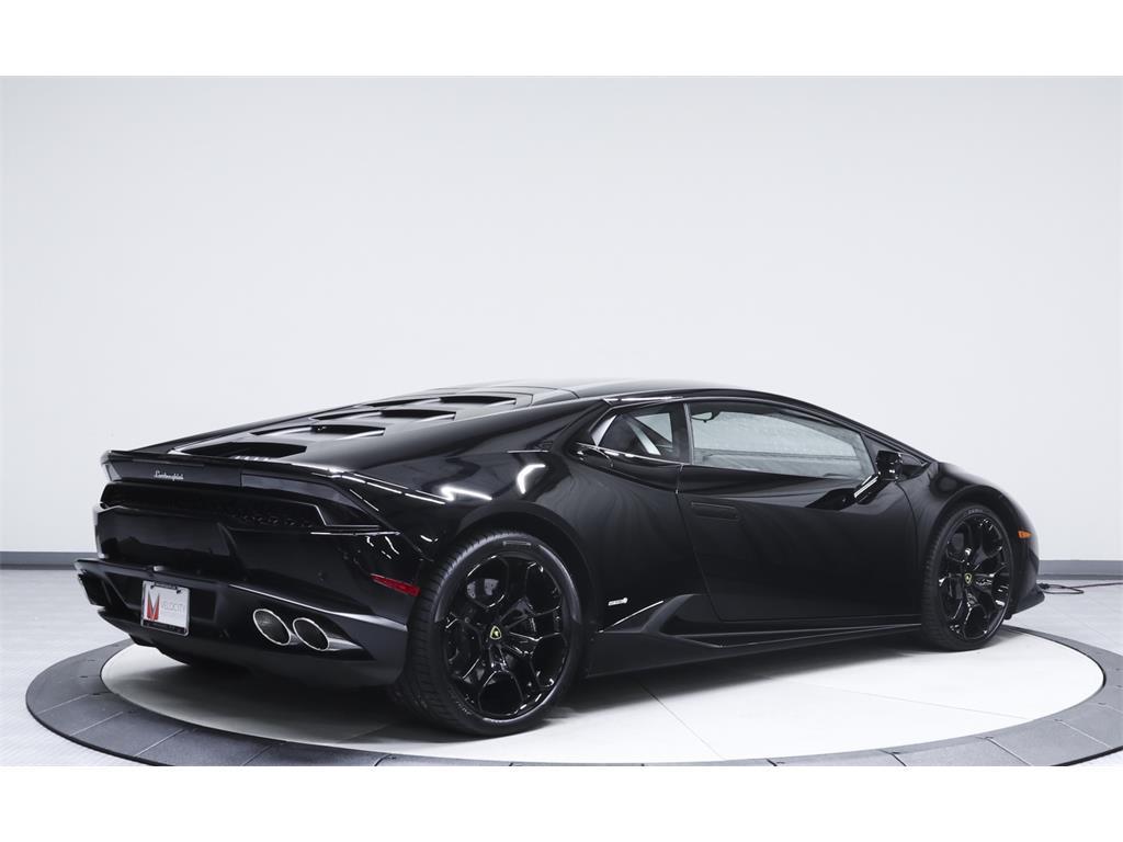2015 Lamborghini Huracan LP 610-4 - Photo 12 - Nashville, TN 37217