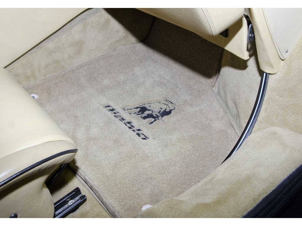 1994 Lamborghini Diablo VT - Photo 21 - Nashville, TN 37217