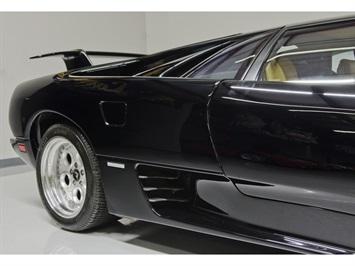 1994 Lamborghini Diablo VT - Photo 29 - Nashville, TN 37217