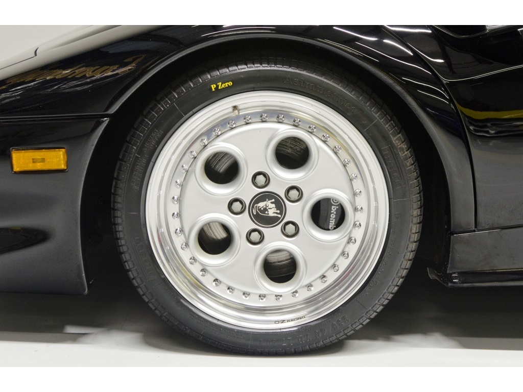1994 Lamborghini Diablo VT - Photo 53 - Nashville, TN 37217