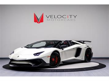 2017 Lamborghini Aventador LP 750-4 SV Roadster - Photo 1 - Nashville, TN 37217