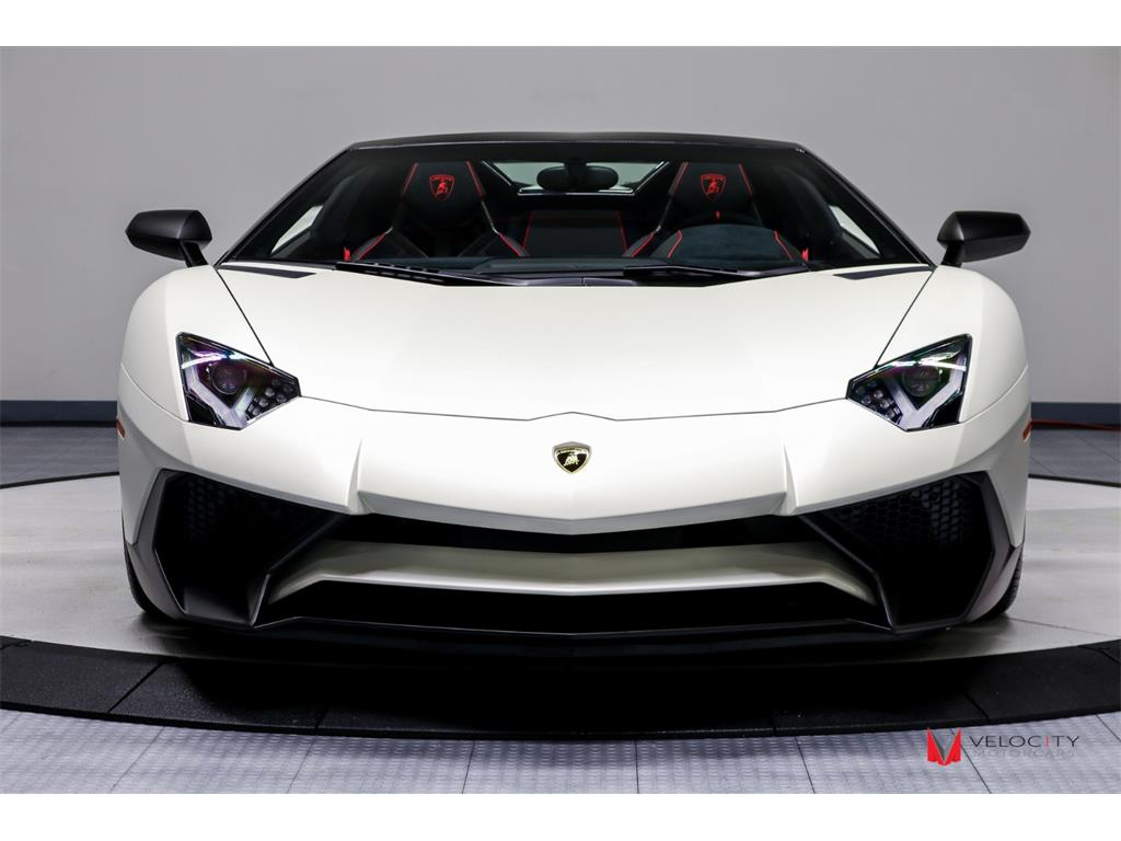 2017 Lamborghini Aventador LP 750-4 SV Roadster - Photo 12 - Nashville, TN 37217