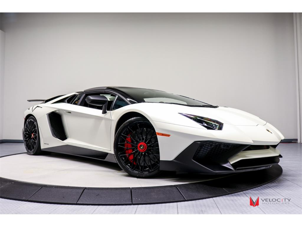 2017 Lamborghini Aventador LP 750-4 SV Roadster - Photo 53 - Nashville, TN 37217
