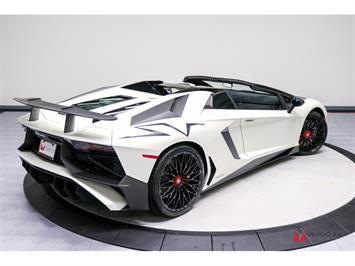 2017 Lamborghini Aventador LP 750-4 SV Roadster - Photo 45 - Nashville, TN 37217