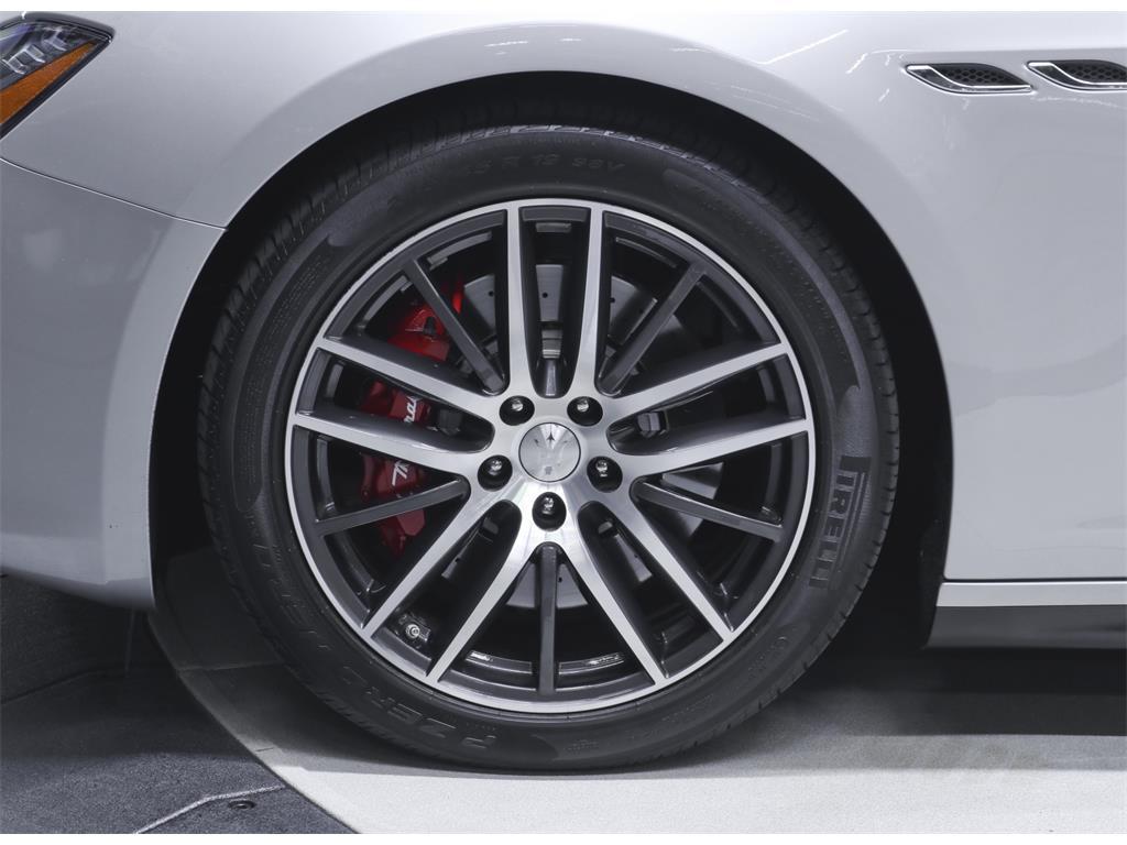 2015 Maserati Ghibli S Q4 - Photo 35 - Nashville, TN 37217
