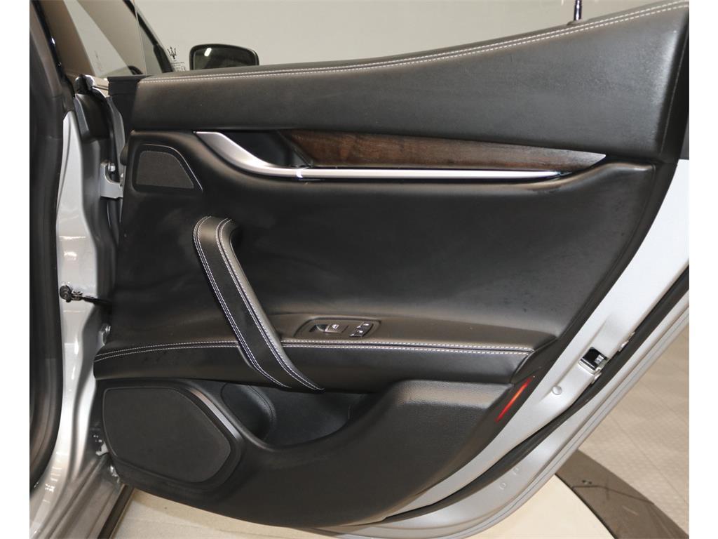 2015 Maserati Ghibli S Q4 - Photo 22 - Nashville, TN 37217