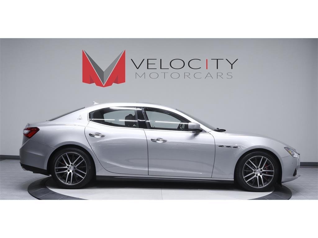 2015 Maserati Ghibli S Q4 - Photo 5 - Nashville, TN 37217