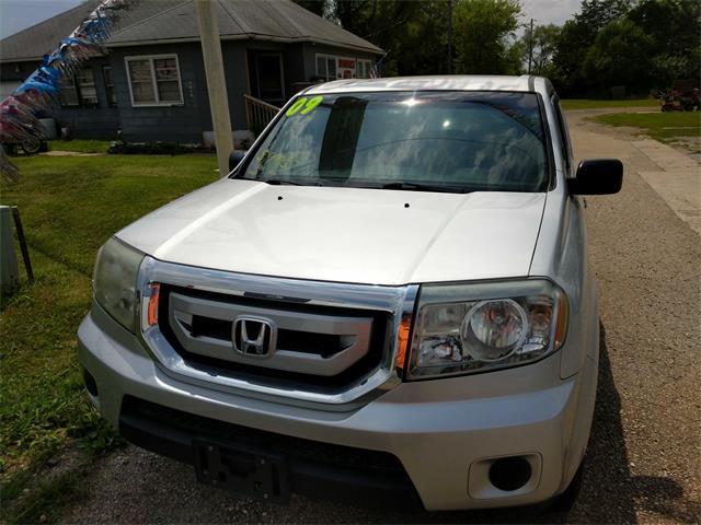 2009 Honda Pilot LX - Photo 1 - Topeka, KS 66609