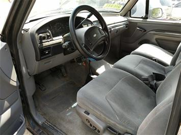 1995 Ford F-250 XL 2dr XL - Photo 6 - Topeka, KS 66609
